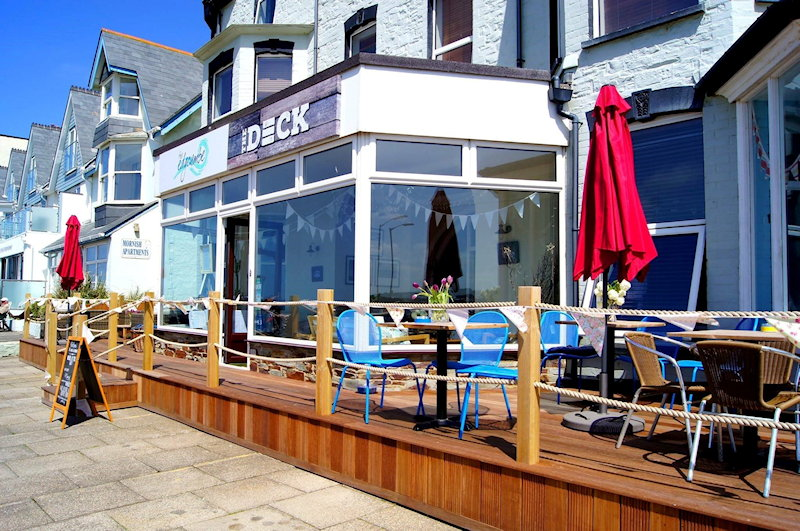 Stay in Bude overlooking the beach